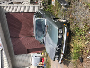 2 BMW Parts cars. Reasonable Offers!
