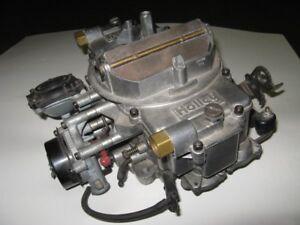 Holley Spreadbore Double Pumper 650 CFM