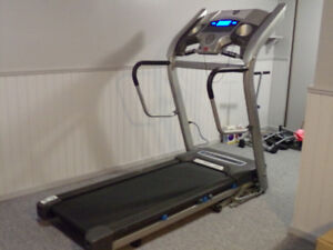 Horizon Treadmill-Series CT83 with Heart Rate Monitor !