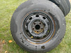 Jantes et pneus hiver dodge ram 1500