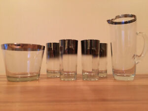 Mid-Century Iconic Dorothy Thorpe / Silver Ombré Fade Glassware