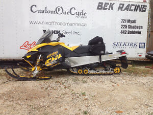 SKI-DOO Renegade Backcountry 800
