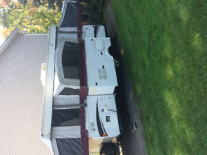 Fleetwood Niagara tent trailer