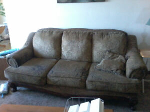 Cheap couch&love seat