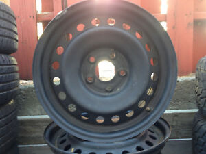 Jante 17po Dodge Ram 5 x 139.7 tres bonne condition Pierre 514-6