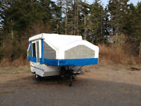 2005 8-foot Flagstaff 176LTD Tent Trailer by Forest River