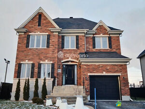 **2 storey house, built in 2010, lot of 6435 sft, inground pool*