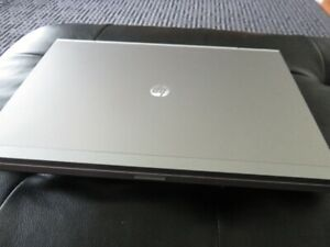 HP EliteBook 8560p Laptop