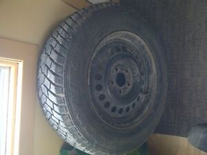 4 pneu d'hiver goodyear avec 4 rimes a vendre West Island Greater Montréal image 2
