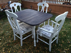 Refinished country chic dining set with leaf