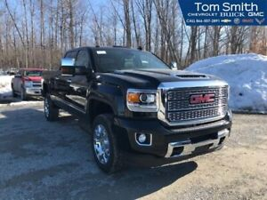 2019 GMC Sierra 2500HD Denali  - Navigation - Sunroof