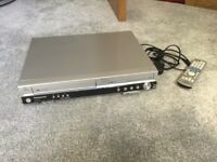 Panasonic VCR/DVD combi