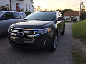 2011 Ford Edge Limited SUV - Fully Loaded!