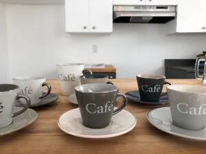 Ensemble de jolies tasses à café