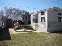 3 bdrm Park Model trailer - located at Ipperwash Beach