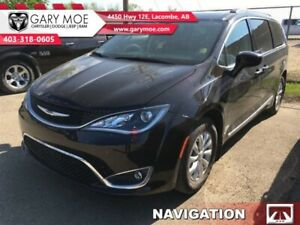 2017 Chrysler Pacifica Touring-L   -Stow N Go - Navigation - $32