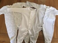 3x unisex 0-1 month babygrows