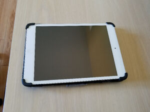 Sliver Apple iPad Mini 16GB