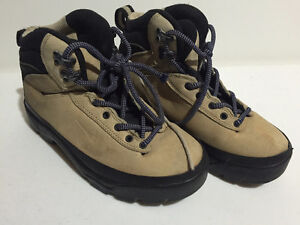 Nike ACG Suede Hiking Boots