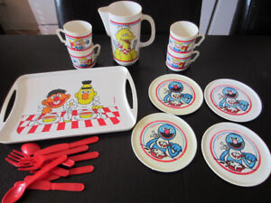 Vaisselle jouet Muppets Sesame Street / Toy dishes