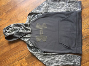 Under armour  hoodie. Fleece lining. Size large youth.