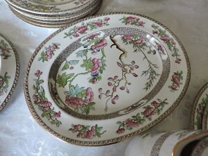 Copeland Spode Indian Tree Green and Pink Dinnerware Set Kingston Kingston Area image 4