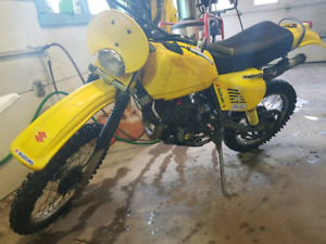 1979 suzuki pe175 with complete parts bike with ownership