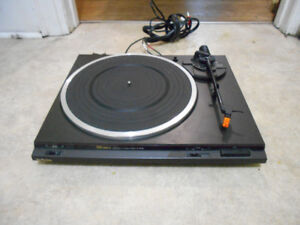 Technics SL-BD26 stereo turntable.  AWESOME SOUND!