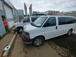 AWD 2011 Chevrolet Express