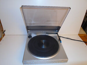 SHARP LINEAR TRACKING TURNTABLE (RECORD PLAYER ) Cambridge Kitchener Area image 3