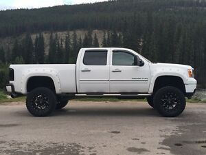 GMC Denali 3500 HD