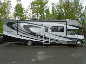 2014 Forest River Sunseeker Ford Chassis 3050S