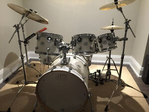 DW 7 Piece Designer Series Drum Set