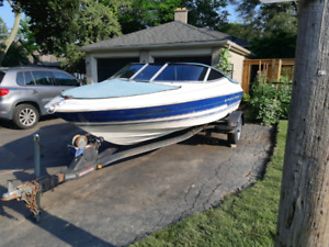 Bayliner Capri Mercury Optimax