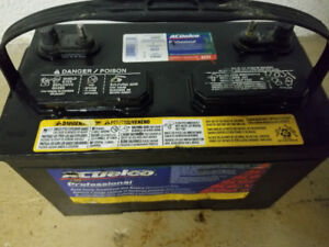 Boat/RV Deep Cycle Battery For Sale