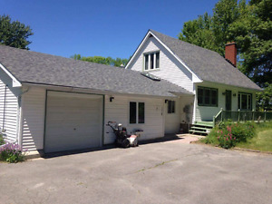 House for sale in Napanee!!!