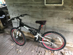 Mountain bike for sale only rode a few times like new