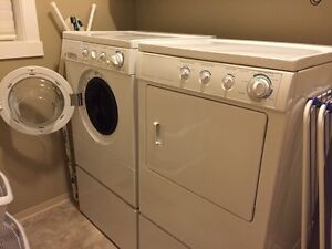 Frigidaire Front Load Washer & Dryer with pedestals