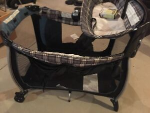Graco Pack & Play Playpen/Playard