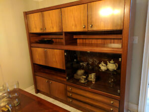 Teak wood display cabinet with bar