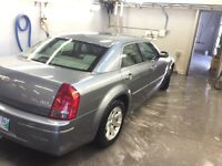 ASAP 2006 Chrysler 300 limited /satisfied/leather /fully loaded
