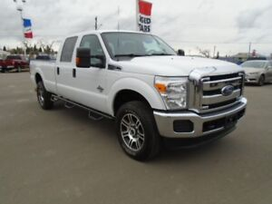 2015 Ford Super Duty F-350 SRW XLT 4X4 Flex Fuel w/Low KM's