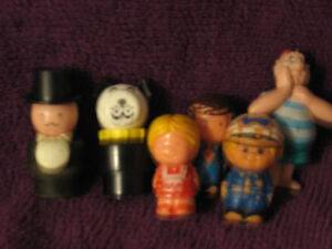 F.R. wooden people