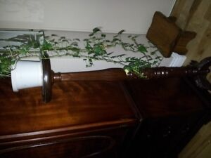 Antique Solid Maghony Planter  NEW Competitive price Gatineau Ottawa / Gatineau Area image 4