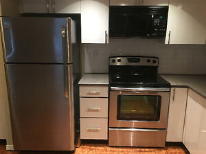 FRIDGIDAIRE stainless steel fridge - only 2 years old Downtown-West End Greater Vancouver Area image 8
