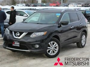 2016 Nissan Rogue SV AWD | REDUCED | HEATED SEATS | BACK UP CAM