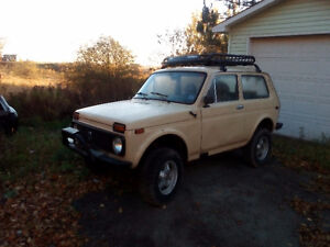 1998 Lada Niva 4x4 - $1200 or Trade for motorcycle