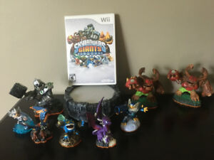 Skkylander and Skylander Giants for Wii