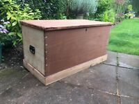 Solid Wood Pine & Mahogany Chest Victorian Kist Trunk Blanket Box Coffee table