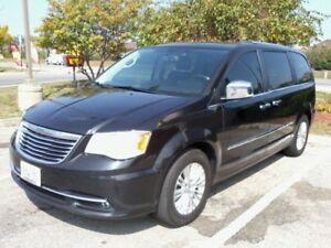 2012 Chrysler Town & Country Limited Minivan, Van , Sunroof